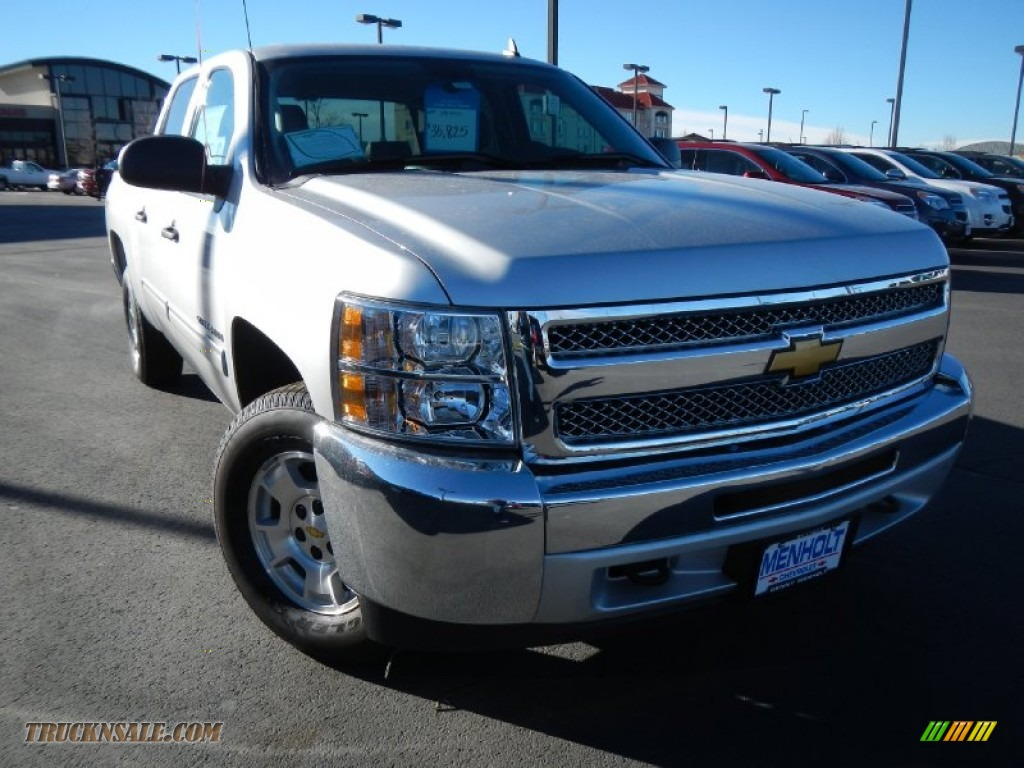 2013 chevrolet silverado 1500 lt crew cab 4x4 in silver ice metallic 161435 truck n 39 sale. Black Bedroom Furniture Sets. Home Design Ideas