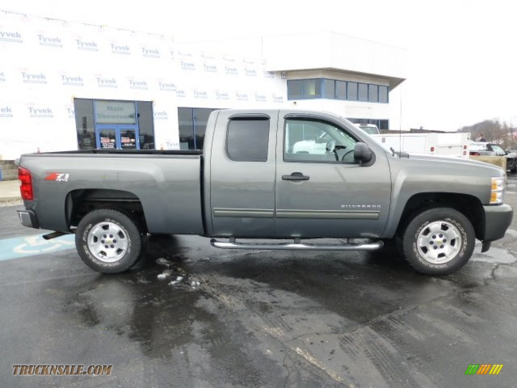 2011 chevrolet silverado 1500 lt extended cab 4x4 in steel green metallic photo 2 173051. Black Bedroom Furniture Sets. Home Design Ideas