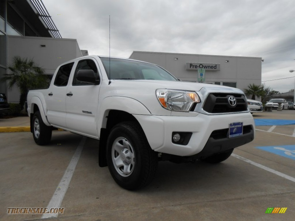 2012 toyota tacoma v6 sr5 prerunner double cab in super white 022460 truck n 39 sale. Black Bedroom Furniture Sets. Home Design Ideas