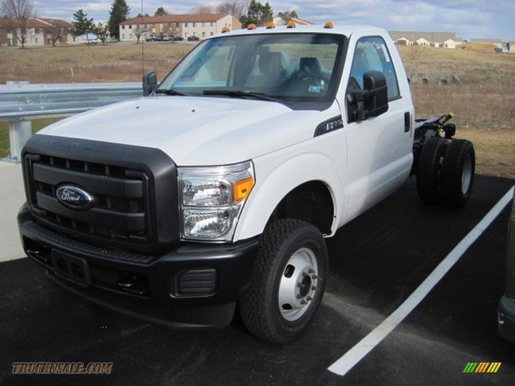 2013 F350 Super Duty XL Regular Cab Dually Chassis - Oxford White ...