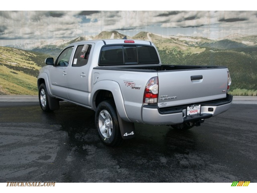 2013 toyota tacoma v6 trd sport double cab 4x4 in silver streak mica photo 2 121487 truck n. Black Bedroom Furniture Sets. Home Design Ideas
