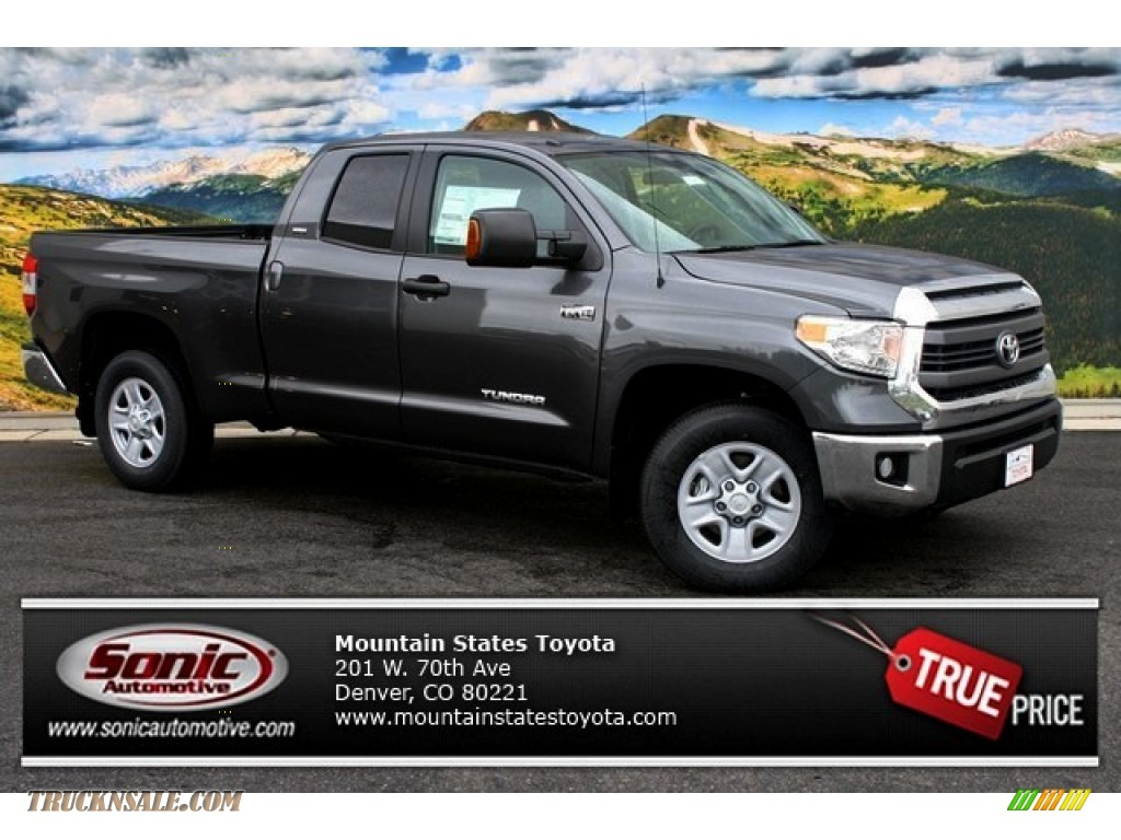 2014 Tundra SR5 Double Cab 4x4 - Magnetic Gray Metallic / Black photo #1