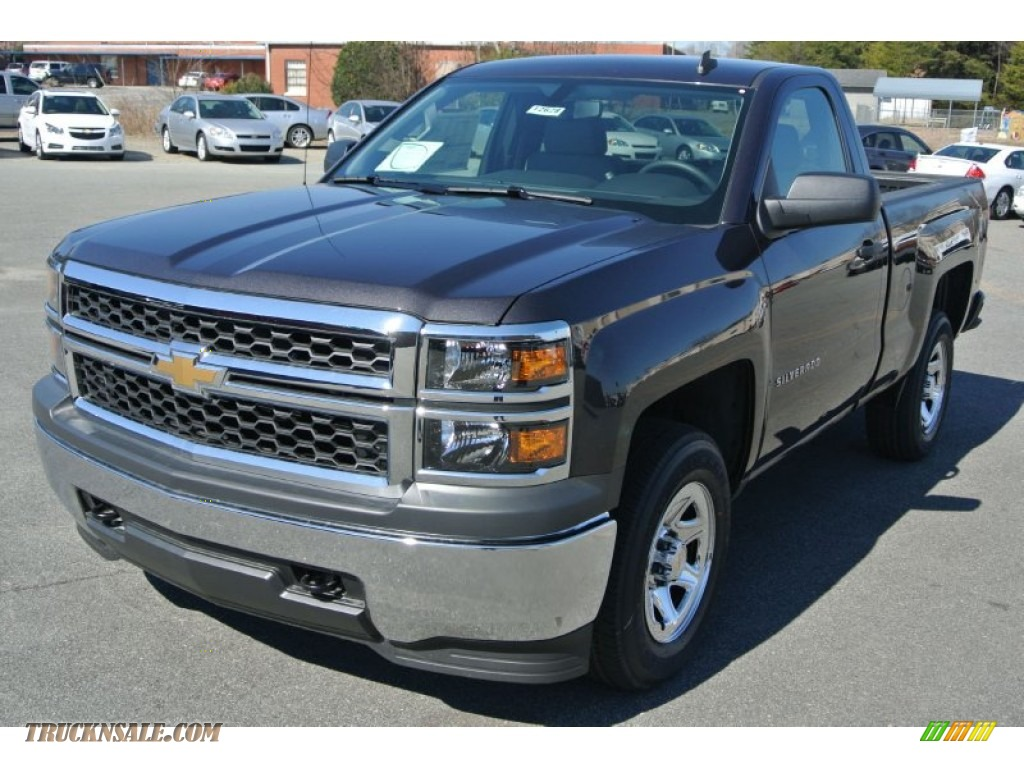 2014 chevrolet silverado 1500 wt regular cab 4x4 in tungsten metallic photo 2 236982 truck. Black Bedroom Furniture Sets. Home Design Ideas