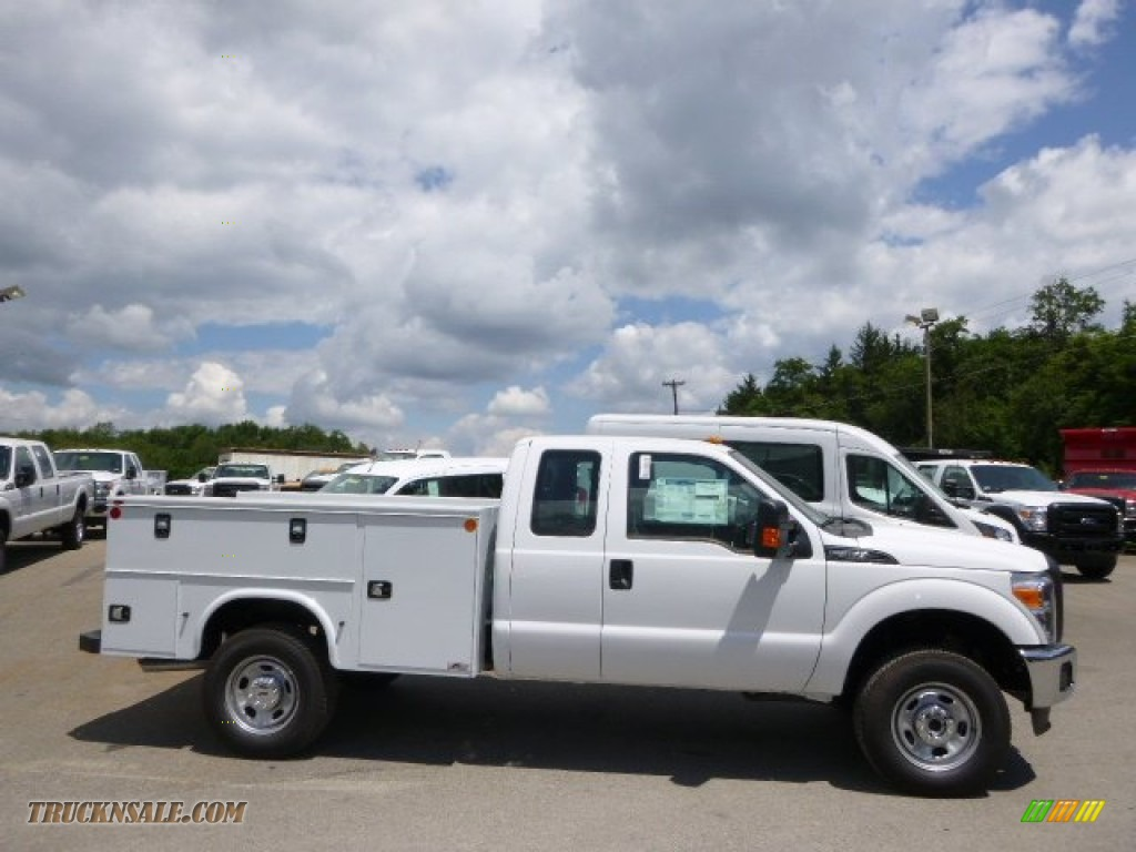 2015 ford f350 super duty xl super cab 4x4 utility in oxford white a65079 truck n 39 sale. Black Bedroom Furniture Sets. Home Design Ideas