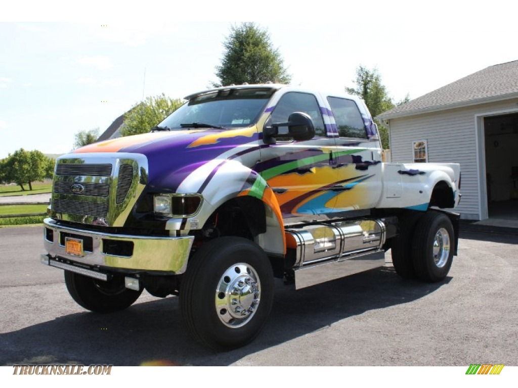 ford  super duty xlt crew cab  custom paint  truck  sale