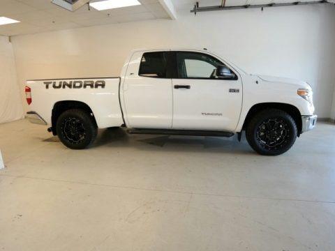 Super White 2015 Toyota Tundra SR5 Double Cab